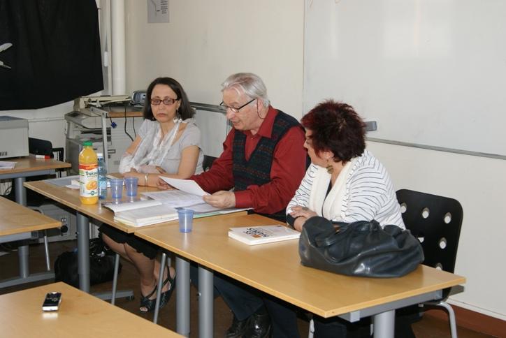 De gauche à droite, Fatima Besnaci-Lancou, co-fondatrice de l'association Harkis et droits de l'Homme et écrivain, Gilles Manceron, historien, et Esther Benbassa, directrice d'études à l'EPHE Sorbonne.